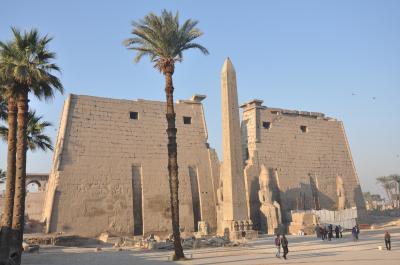 感動のエジプト!その2 「ルクソール神殿」 と 「カルナック神殿」