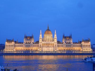 ハンガリー・ブダペストの温泉ホテルを楽しむ!冬でも暖かいんだから~<一応5つ★The Aquincum Hotel>