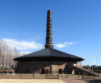 とんがり帽子の不思議な形。野木町煉瓦窯 リスペクト訪問。