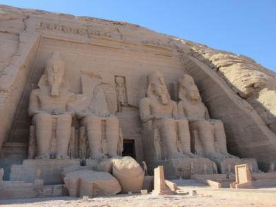 行って良かった!エジプト夢紀行(7)クルーズ下船~アブシンベル神殿へ