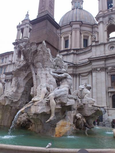 ローマ(3)トレビの泉、パルテノン、ナヴォーナ広場