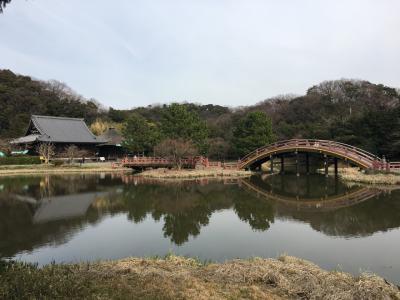 金沢文庫ってどんなところかよくわからなかったので、天気の良い日曜日に行ってきました