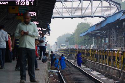 インド・デカン高原の旅 5 (ホスペットの町と駅)
