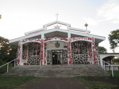 チリ 「行った所・見た所」 イースター島・ハンガロア村散策とホテルラパヌイ宿泊