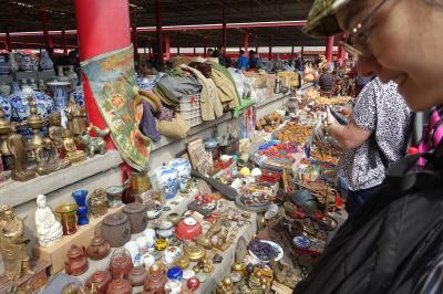 北京藩家園骨董市場