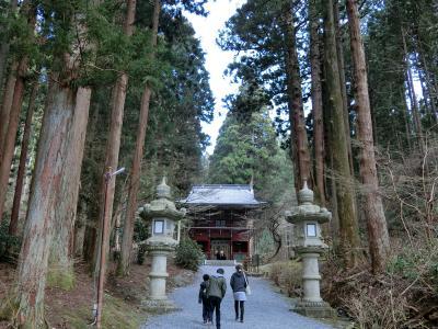 青春18きっぷで、御岩神社と御岩山ハイキング