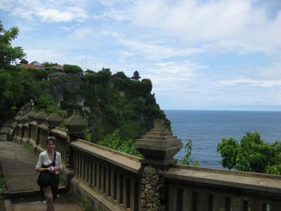 ジャワ島&バリ島6日間(4)【完】 ウルワツ寺院~タマンアユン寺院~タナロット寺院