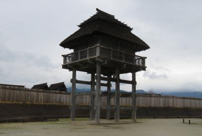 2017春、九州西北部の城巡り(33/35):3月31日(8):吉野ケ里遺跡(4/4):帰りにもう一度北墳丘墓見学、主祭殿