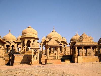 ラージャスターンと北インドの旅 (4)         ジャイサルメール② バダ・バーグ(Bada Bag)を観る。