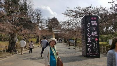 南東北バスツアー、鶴ヶ城は桜が咲いていたらきれいでしょうに、会津まで来たら外せない満田屋の田楽。