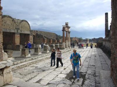 南イタリア7日間の旅(1) ポンペイ遺跡