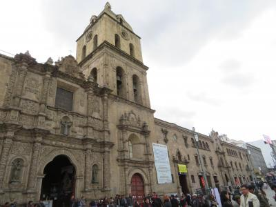 ボリビア 「行った所・見た所」 ラパス市街(ムリリョ広場・サガルナガ通りなど)とLPコロンブスホテル宿泊