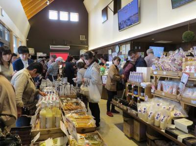 神崎町散策・・道の駅「発酵の里こうざき」とこうざき天の川公園、神崎神社を訪ねます。