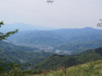 今年も皇鈴山・登谷山ハイキングを行う③皇鈴山~登谷山~二本木峠~打出迄