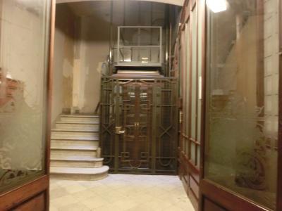 スペイン一人旅☆1日目バルセロナ<1>築100年の建物を利用した日本人ペンションにびっくり