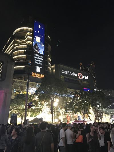 2017年の始まりはバンコクでキャンドルの灯りと共に。妹と2人旅