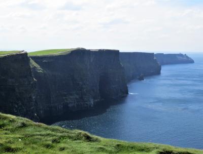 アイルランド 春薫る6日間の旅【3】(アイルランド・モハーの断崖/バレン高原)