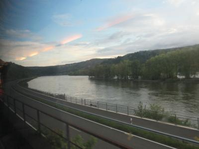 南ドイツへの旅 ~ボンからフランクフルトへ~ 車窓から見たライン川の景色