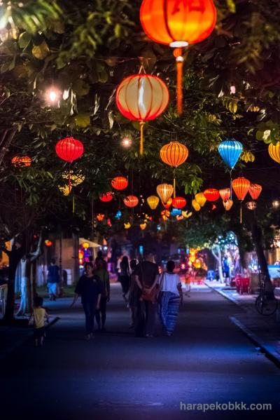 【写真旅行記①】世界遺産 古都ホイアン ① -スーパーフォトジェニックな夜の顔-