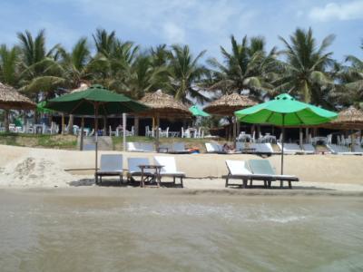 世界遺産・古都ホイアンでビーチ三昧!