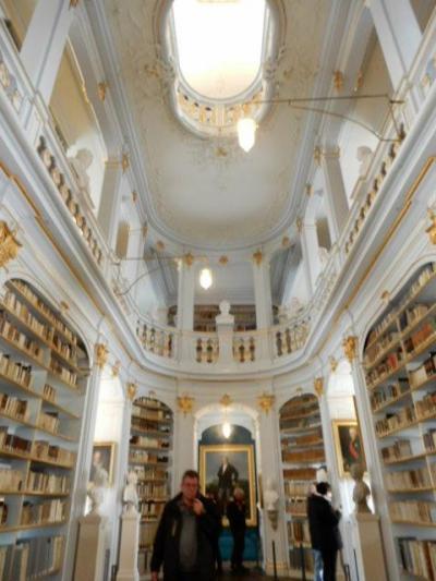 2017GW 初の東ドイツ~プラハ 【7】ワイマールその4 アンナ・アマーリア大公妃図書館
