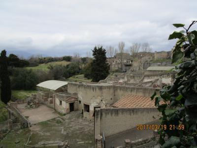ベスビオス火山の噴火で消えた町