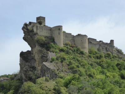 春の優雅なアブルッツォ州/モリーゼ州 古城と美しき村巡りの旅♪ Vol188(第7日) ☆Roccascalegna:もう一度 ロッカスカレーニャ城の絶景を眺めて♪