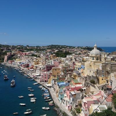 イタリア一人旅★ローマ・ナポリ・ソレント④ナポリからプローチダ島へ