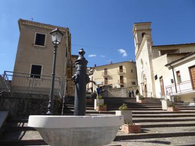 春の優雅なアブルッツォ州/モリーゼ州 古城と美しき村巡りの旅♪ Vol250(第9日) ☆Villalago:美しき村「ヴィッララーゴ」旧市街をさまよい歩く♪