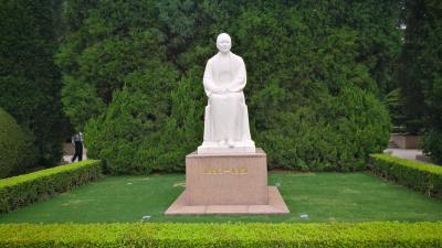 上海攻略 宗慶齢 墓を訪ねて