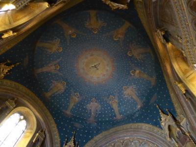 春の優雅なアブルッツォ州/モリーゼ州 古城と美しき村巡りの旅♪ Vol254(第9日) ☆Scanno:スカンノ湖の美しい教会「Chiesa della Madonna del Lago」優雅に鑑賞♪