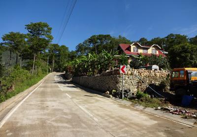 なぜ旅に出るんだろう? ましてやフィリピンの山岳地帯なんかへ(その8)ハンギング・コフィン