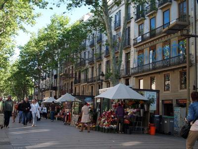 2012年GW【No.1】スペイン&ロンドン8日間の旅☆1・2日目~バルセロナ街歩きいろいろ&ランチにパエリア♪ホテルバルセロサンツに滞在