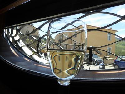 春の優雅なアブルッツォ州/モリーゼ州 古城と美しき村巡りの旅♪ Vol278(第10日) ☆Barrea:美しき村バッレーア リストランテ「Tana Dell'Orso」ランチ♪