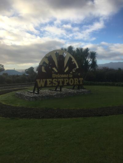 ウエストポート アシカコロニー