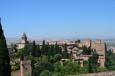 妻と行くスペイン(5-①) 幾多の苦難を乗り越え やっと観光できたアルハンブラ宮殿、名曲の調べとともに忘れがたい思い出に、、、