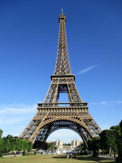 パリ旅行 3日目~朝のエッフェル塔に初ガレット、そしてやっぱりパンの1日 前編~