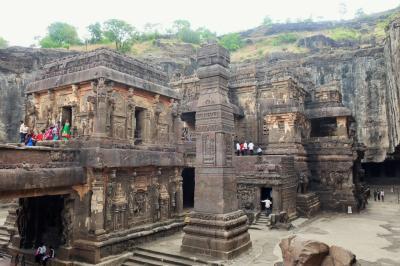 【2017 インド滞在記】インドの休日#7 プネーからエローラ観光へ