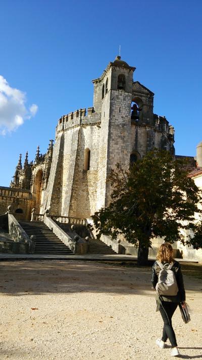 アルモロウル城とトマール・キリスト修道院(リスボンから日帰り)