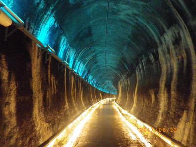 【苗栗~三義の旅】功維敘隧道(トンネル)、南勢駅と旧銅鑼隧道、銅鑼街歩き
