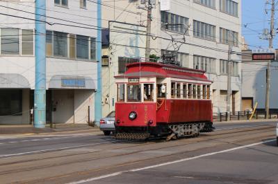 函館市電を楽しむ! 眺めて、乗って、撮って、〆はYOUでにぎわう足湯。