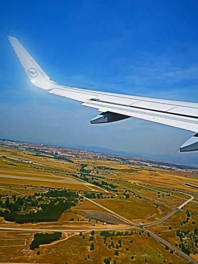 マドリード/バラハス空港11:45発 LH-1801便離陸 ☆山岳地帯を超えて:ミュンヘンへ