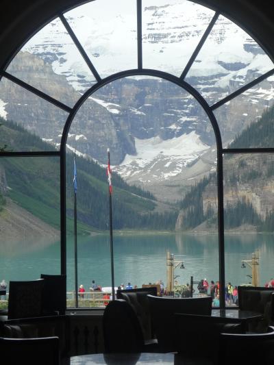 翡翠色に輝く湖と名峰に酔いしれ ・・ カナダ西部 (1)バンクーバー - ケローナ