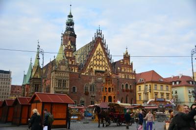 美しい建築物が並ぶ ポーランド ヴロツワフ