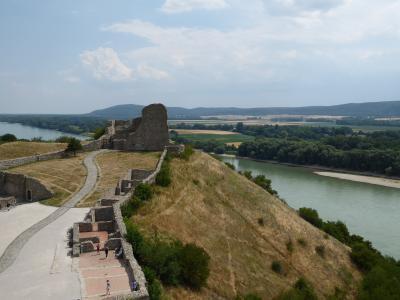 路地・古城好きがゆく~ウィーンからスロバキアの首都・ブラチスラバ→デヴィン城も!