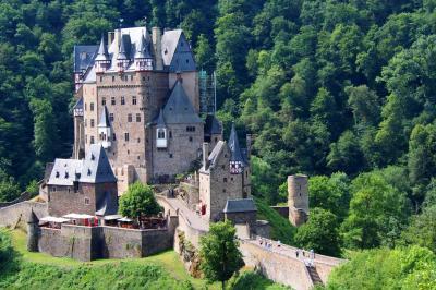 ANAファーストクラスと欧州鉄道の旅 8日目 - ライヒスブルク城・エルツ城・マインツ