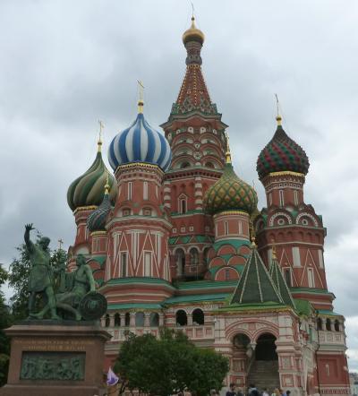モスクワ&サンクトペテルブルク7日間・その2 ~モスクワ市内観光(聖ワシリイ大聖堂・クレムリン・ウスペスキー大聖堂など)