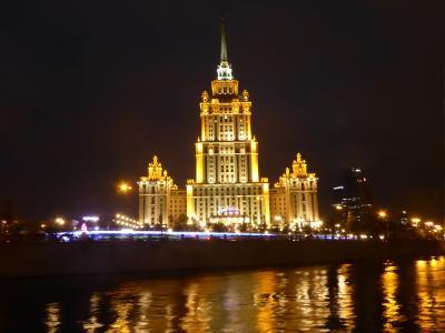 モスクワ川のディナークルーズ