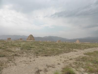 3歳娘を連れてマイナーな寧夏回族自治区・銀川5日間の旅1-かなり広すぎる西夏王陵