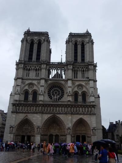 初めてのパリ&モンサンミシェル 2日目 パリ市内観光(オペラ座、ノートルダム大聖堂)